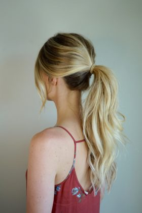 How To Clip In Extensions For A Ponytail