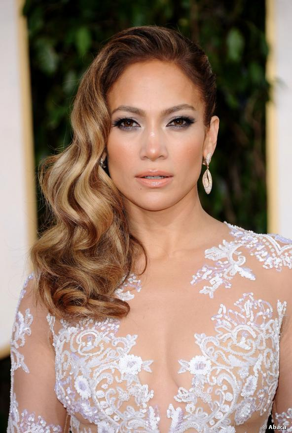 Jennifer-Lopez-5-Celebrity-Valentines-Hairstyle-on-Cashmere-Hair-Extensions