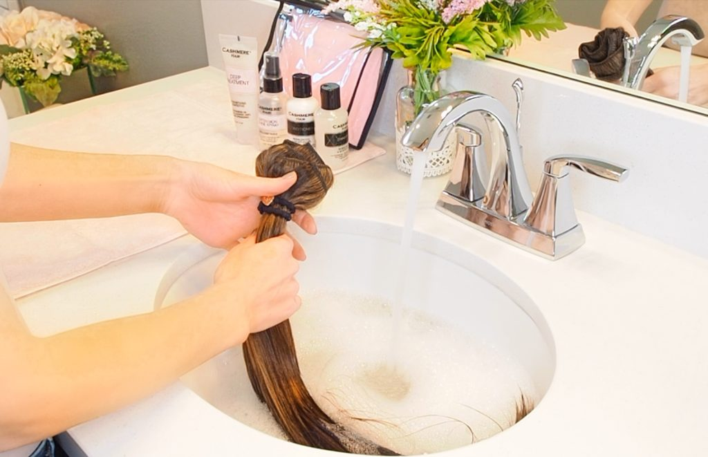 Tutorial on how to wash your clip in hair extensions