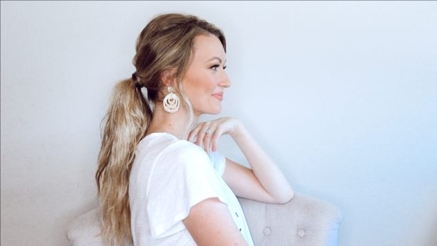 Heatless Sleep-In Beach Waves Ponytail With Clip-In Hair Extensions