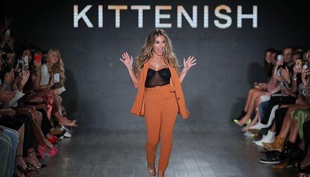 Cashmere Hair At New York Fashion Week